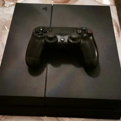 Təcili olaraq Playstation 4 satılır, əla vəziyyətdədir,