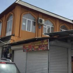 Vasmoy bazarının girişində 2ci mərtəbədə
