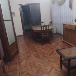 3 otaqlı ev, 100 kvm, 5-in 4-ə, işıqlı, parket pol,