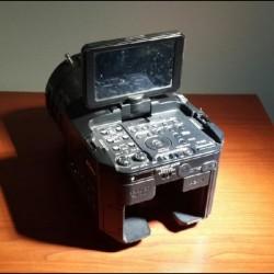 Videokamera, fotoaparat və slayder satılır. Az istifadə