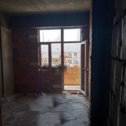 Yasamal rayonu Serifzade 33 unvaninda (Atv telekanalinin