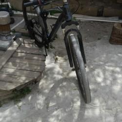 Satılır... velosiped 26 liq skorsnoy ela vəziyyətdedir 165