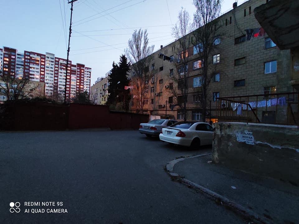 Qara Qarayev metrosuna piyada 2 deqiqelik mesafede , 4