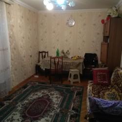TƏCİLİ SATILIR.! Mənzil Bakıxanov qəsəbəsində Leningrad