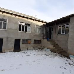 2 Mərtəbəli 4 otaqlı ev satılır. Qusarda Fialka gölün