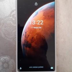 Xiaomi Mi A2📱(4gb ram,64gb yaddaş).Telefon ideal