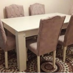 Masa ve 6 eded oturacaqla Masa acilandir