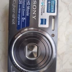 Az işlənmiş foto camera satılır Sony firmasının