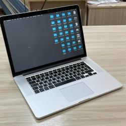 Bakida macbooklarin satisi Macbook pro satisi Bakida