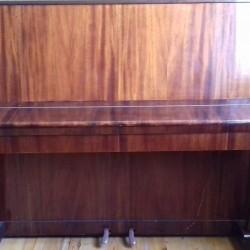 """""""Belarus"""" adlı pianino satılır, qiymətini razılaşmaq olar,"""