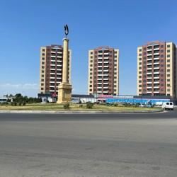 Leninqrad mənzil satılır Təcili 2 -3 peredelka,52 kv.m 5/4
