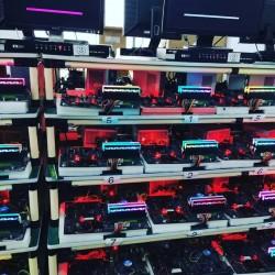 DDR4 8gb 3200mhz RGB +Radiatorlu ram 120azn İşləməyinə 6ay