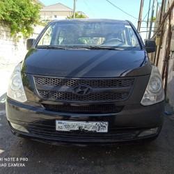 Satılır Hyundai H1 11+1 İl-2012 Diesel-2.5 Qiyməti-17.000