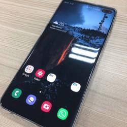 Salam.Samsung S10+(Plus) qara rəng 8/128 yaddaş.Fikri ciddi