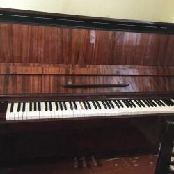 Piano satilir işlənmiş yaxşı vəzyətdə.Belarus 3 pedallı.