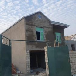 Masazirda merkezde 3 otaqli alti qarajli heyet evi