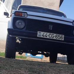 Motor, sürətlər qutusu (karopka), ön və arxa mostlar