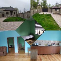 Nabranda 3 sotun içində Ev satılır.