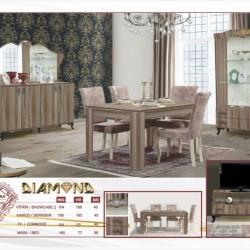 Masa qonaq otağında interyerin predmeti hesab edilir. Onun