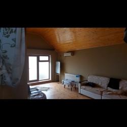 Torpaq 5.5 sotun içində 120 kv 4 otaqlı ev satılır. Altı 12