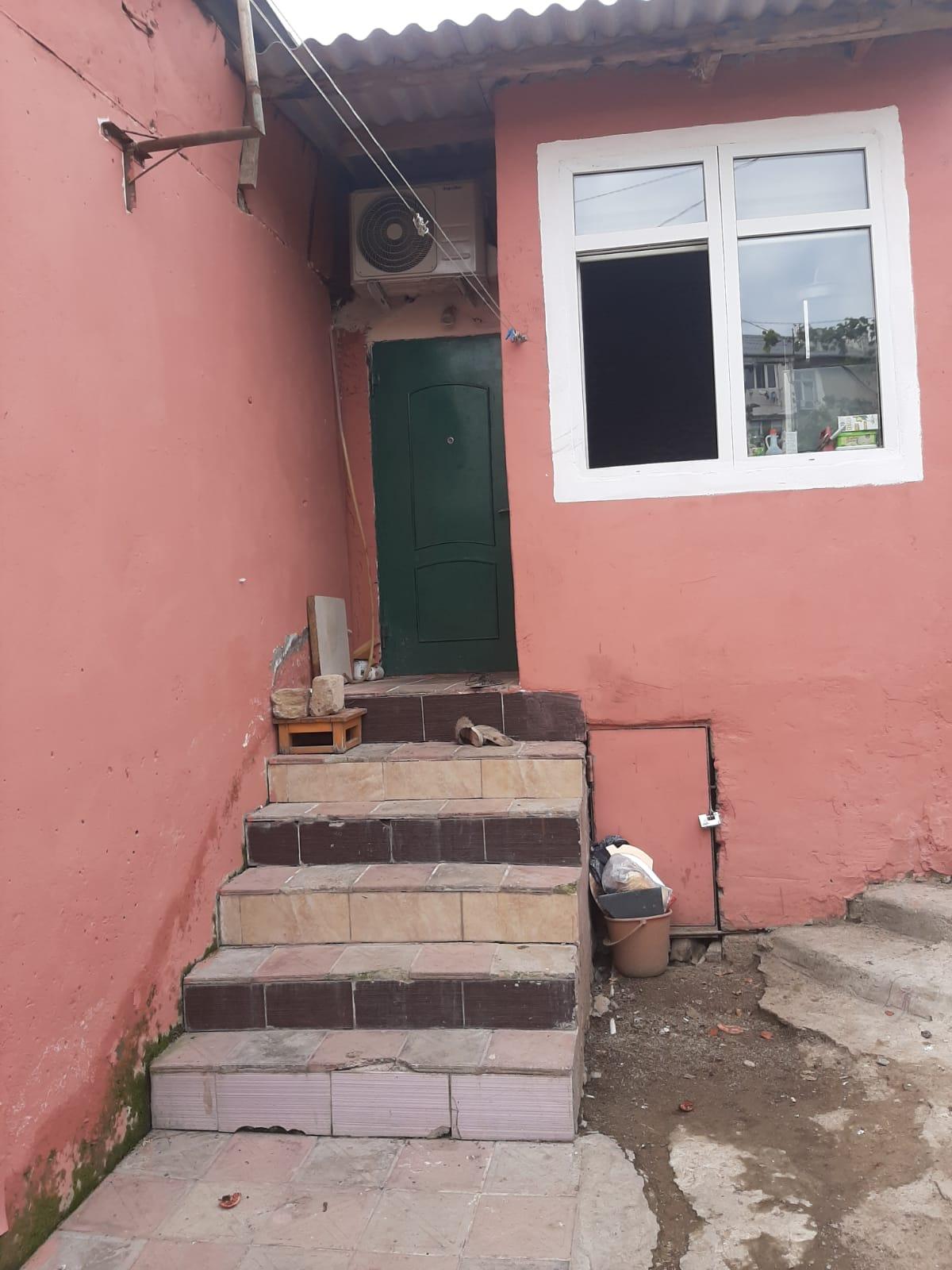 """Biləcəridə """"Ağ Saray"""" Şadlıq evinin arxasında, 91, 92, 202"""