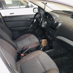 icareye masinlar verilir Toyota prius gunluyu 30 azn