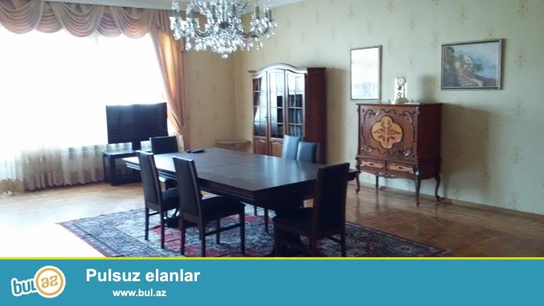 Cдается 4-х комнатная квартира в престижной новостройке, около Зоопарка и парка Деде Горгут...