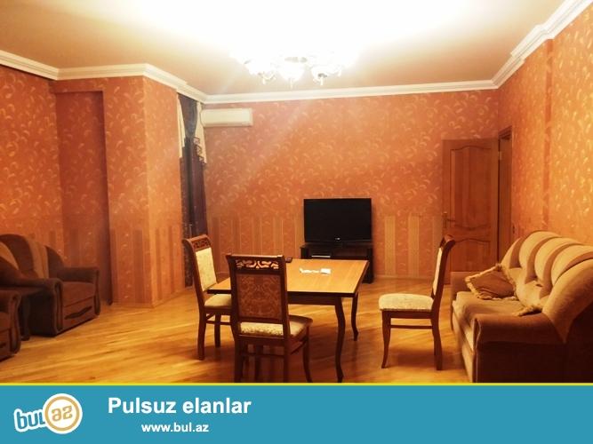 Cдается 4-х комнатная квартира в центре города, в районе Хатати, за Больницей Нефтяников...