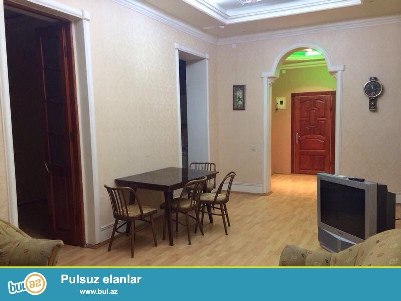 Cдается 2-х комнатная квартира, в центре города,около дворца имени Г...