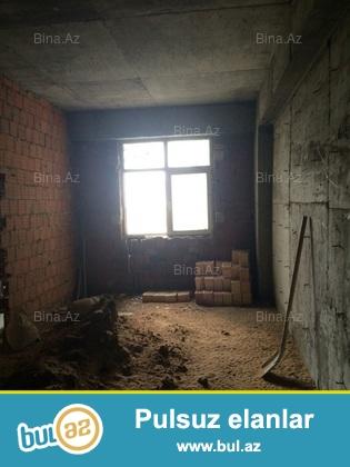 Продаем 1 ком.квартиру в нов-ке на Yeni Yasamale под маяк...