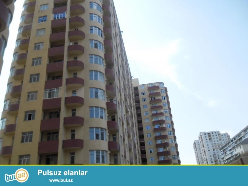 Yeni yasamalda serur mtk nin yasayisli binasinda 19/8 mertebesinde 47kv ev satilir...