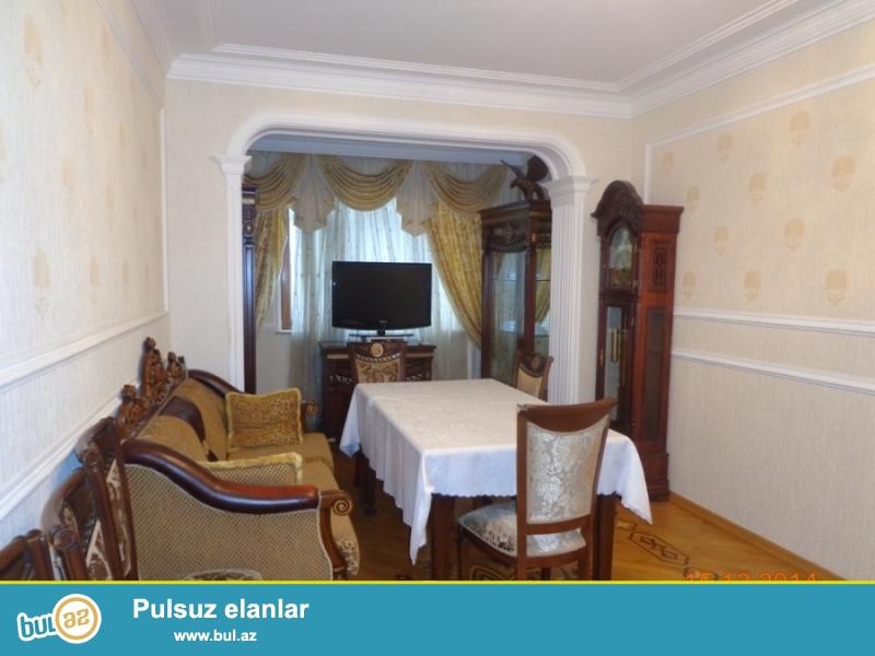 Сдаётся 4-х комнатная квартира около метро Иншаатчылар по улице Шарифзаде...