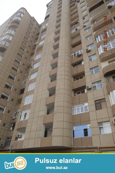 Cдается 2-х комнатная квартира в престижной новостройке, около метро Иншаатчилар, за АТС...