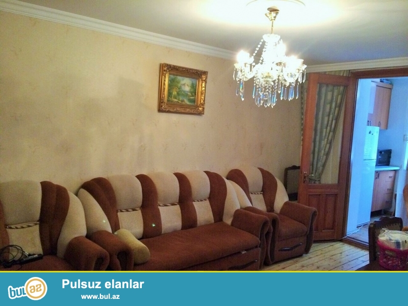 Очень Срочно! Продается   3-х комнатная (2+1)  квартира  старого строения  5/5  проекта   Хрущовка...