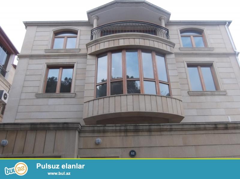 После ремонта! По проспекту Парламент, напротив МЧС, сдаётся 3-х этажный вилла с мансардом...