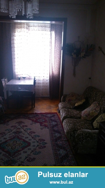 срочно продается 2 комн квартира в 5 мкрне с хорошим ремонтом...