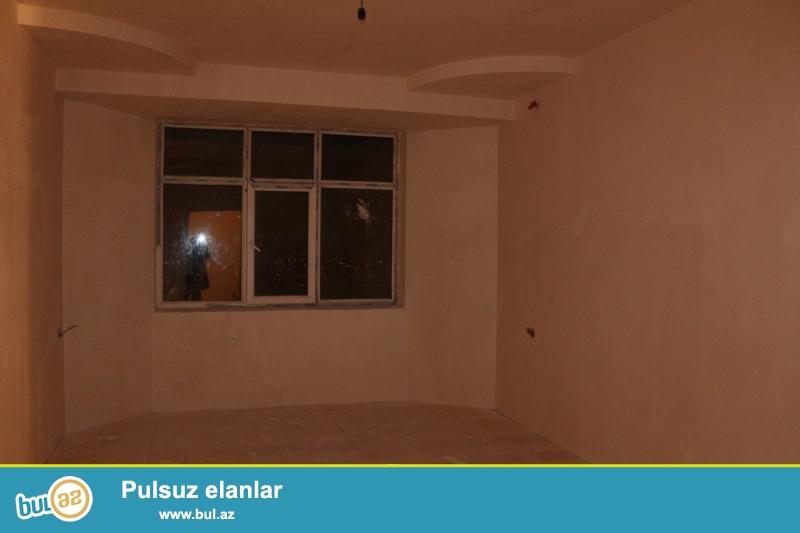 DƏYƏRİNDƏN AŞAĞI!!! KUPÇALI YENİ TİKİLİ!!! Nizami rayonu, 8 km, Nazlı saray şadlıq evinin yaxınlığında 14/14 ümumi sahəsi 69 kv...