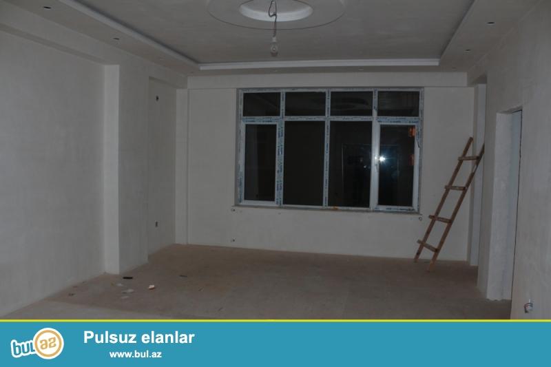 Nizami rayonu, 8 km, Nazlı saray şadlıq evinin yaxınlığında 14/18 ümumi sahəsi 90 kv...