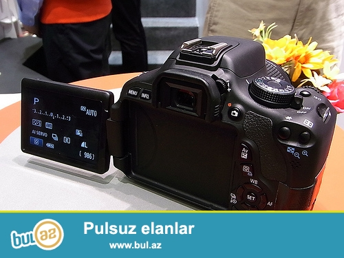 Canon 600d 18-55mm+ 50mm 1.8 Obyektiv <br /> Blenda, Geniw Sumqa, 16gb kart, Adapdir 5 ayin aparatidi hec bir problemi yoxdu Qiymeti 440 azn <br /> (055) 966-77-21 Whatsapp