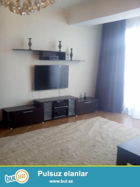 Очень срочно! На Хатаи в элитном комплексе *РАХАТ МТК* расположенная в 100 метрах от т/ц Амай продаётся 3 – х комнатная квартира нового строения 17/17 ,площадью 104...