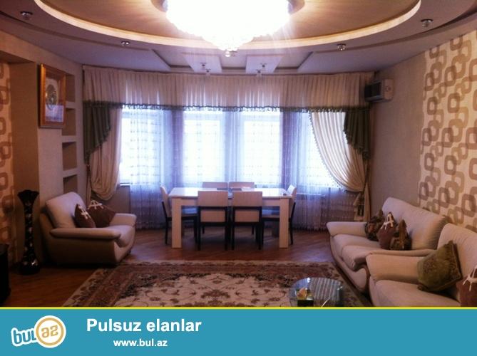 Cдается 3-х комнатная квартира в центре города, около метро Низами, около бывшей Карамельной Фабрики...