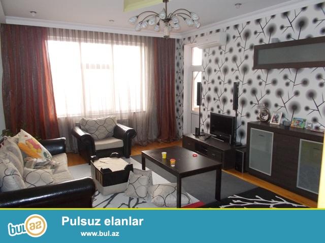 В поселке Мусабеков ,по улице Мирали Сеидов 93, в элитной заселенной новостройке продается 3-х комнатная квартира...