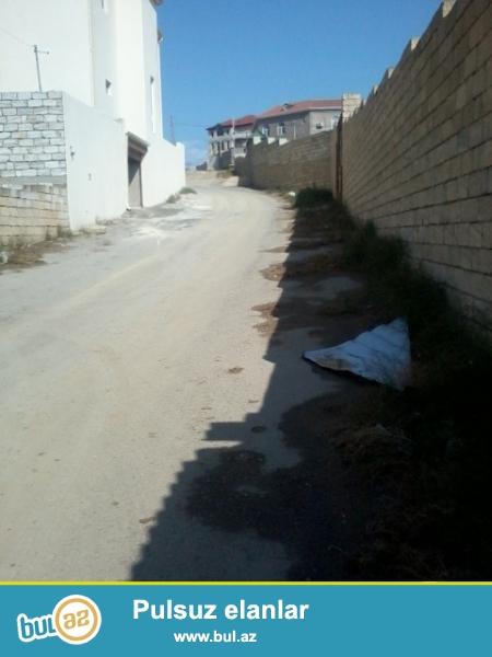 Срочно! В поселке Патамдар, 3 массив, около дороги продается земельный участок площадью 7 сот...