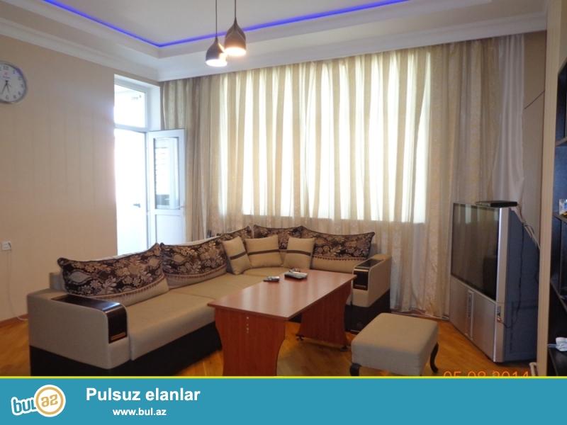 По проспекту Г. Алиева сдаётся 2-х комнатная переделана в 3-х комнатную квартиру...