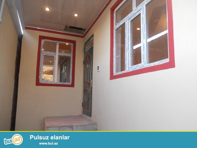 Xetai rayon Babek prospekti, Asiq Qurban 25 unvaninda 3-otaxli super temirli heyet evi satiram...