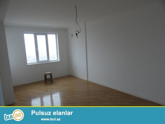 По улице  А.Ахмедов 37, в элитной заселенной новостройке « Эталон МТК» продается 2-х комнатная квартира...