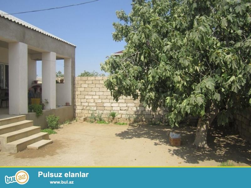 Очень срочно! В поселке Вишневка-2 на 6-и сотках земли, продается 3-х комнатный частный дом общей площадью 100 квадрат...