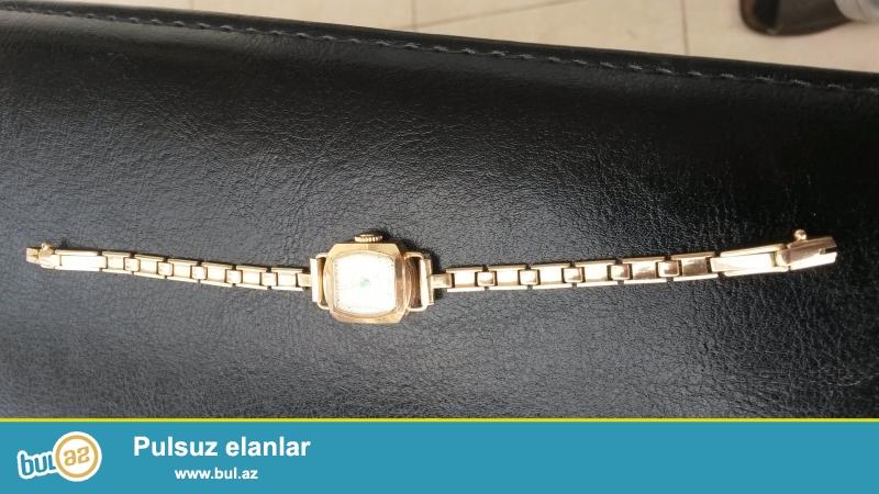 Советского пр-ва женские  золотые часы и комплект...