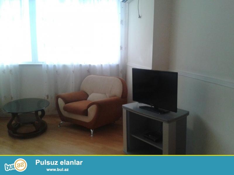 Сдается 3-х комнатная квартира по проспекту Строителей, рядом с ЦСУ...