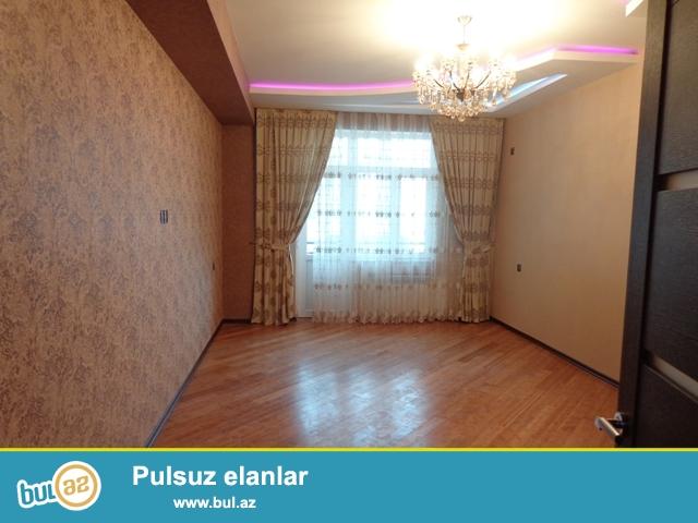 По улице А.Саламзаде, в элитной заселенной новостройке продается 2-х комнатная квартира, перед в 3-х комнатную...